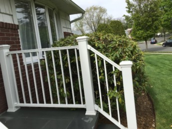 Trex Reveal Railing in White