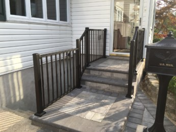 Trex Reveal Railing Charcoal Black