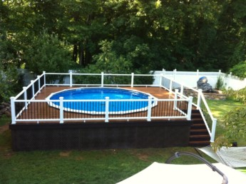 Trex Select Pool Deck with Transcend Railings
