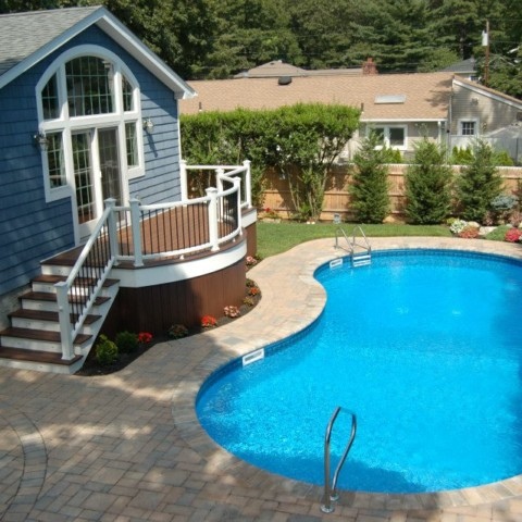 Trex Curved Pool Deck