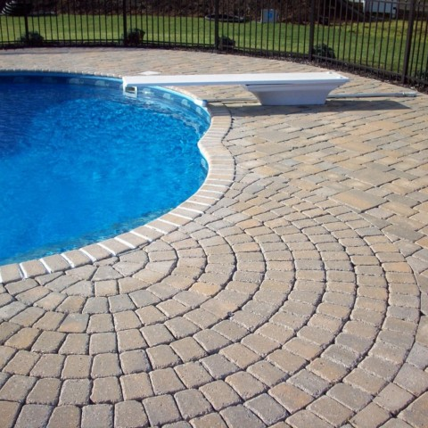Pool Patio with Circle Kit