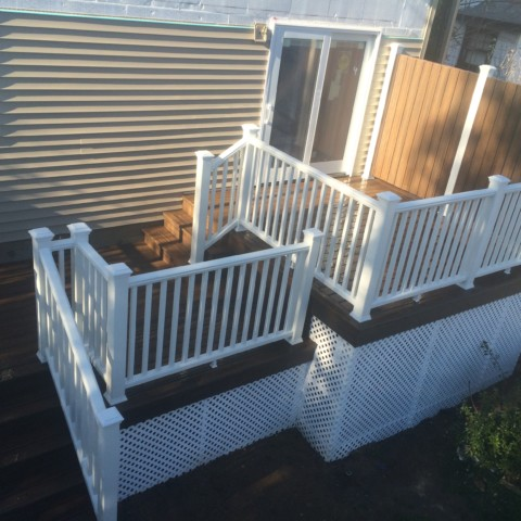 Trex Spiced Rum Deck with Privacy Wall