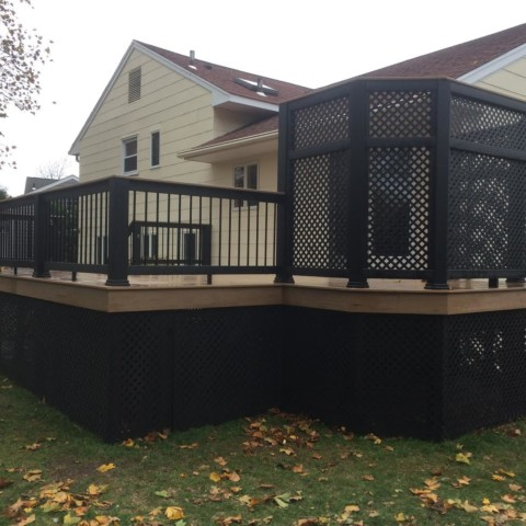 Timbertech Evolutions Railing with Lattice Privacy Screen