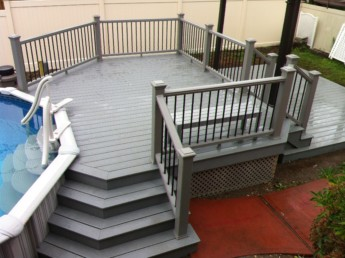 Trex Gravel Path Decking and Railing