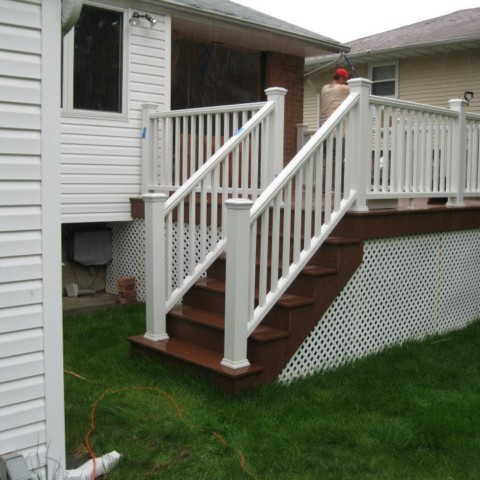 Azec Roseland Red Deck with Trex Classic White Railings